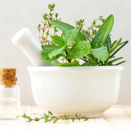 So unterstützen Sie den Fettabbau mit dem Bergkräuter Aroma Öl.